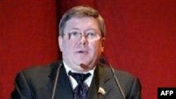 Александр Торшин признал, что доклад Савельева заслуживает внимания
