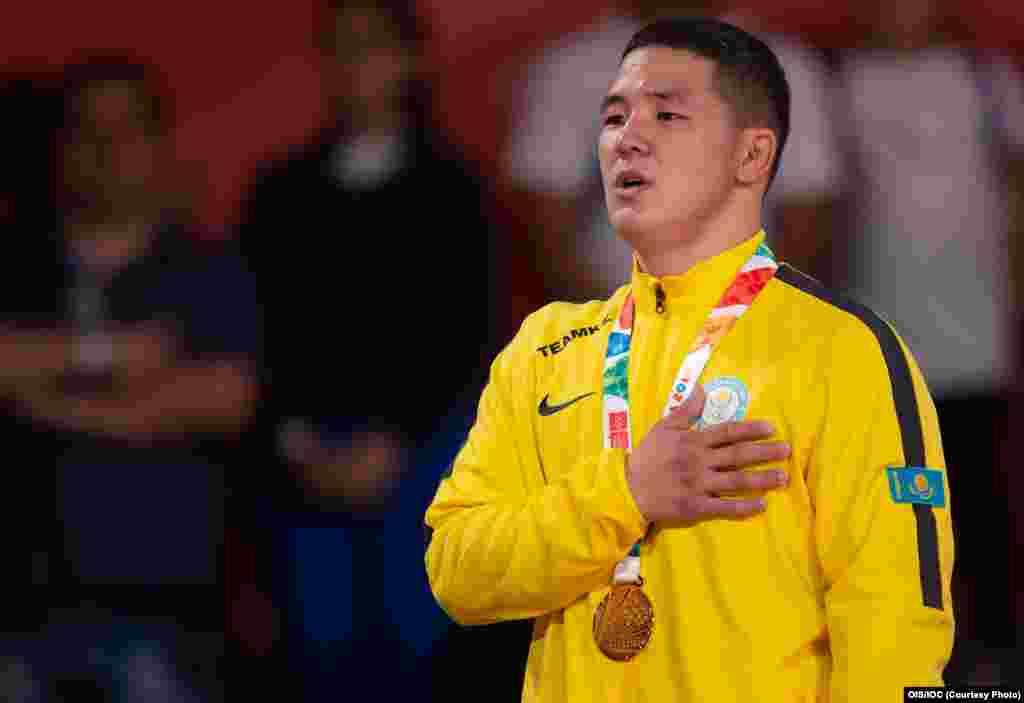 Бекарыс Садуақас қазір Халықаралық дзюдо федерациясының (IJF) 18 жасқа дейінгі спортшылар арасындағы рейтингінде 90 келі бойынша 1-орында тұр.