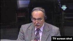 Svjedok Ljubomir Obradović u sudnici 23. veljače 2012.