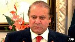Премьер-министр Пакистана Наваз Шариф оглашает решение по саудовско-йеменскому вопросу. 13 апреля 2015 года.