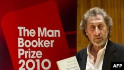 هووارد جیکوبسون، برنده جایزه بوکر ۲۰۱۰