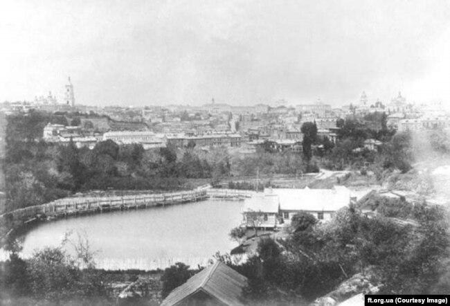Ставок на місці площі, де зараз стоїть театр імені Франка. Київ, 19-е століття