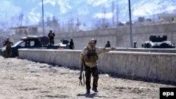 Сотрудник сил безопасности Афганистана. Иллюстративное фото.