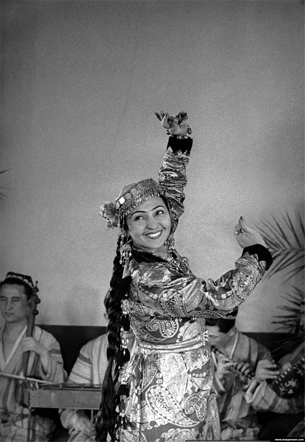 Tamara Khanum, an Uzbek dancer of Armenian origin who was famous for being the first Uzbek woman to perform without an Islamic veil.