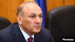Armenia - Newly appointed Finance Minister Gagik Khachatrian is introduced to his staff in Yerevan, 28Apr2014.
