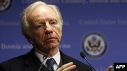 "U.S. Senator Joseph Lieberman made a call for diplomacy ""with teeth."""