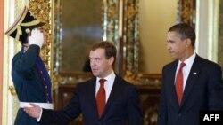 Preşedinţii Medvedev şi Obama la Kremlin