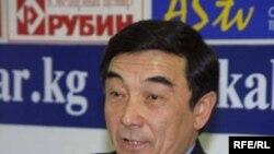 """Болот Жанузаков, """"Кут"""" партиясынын лидери, мурдагы Кыргызстандын Коопсуздук Кеңешинин катчысы."""