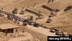 """Войска правительственной армии Афганистана перед операцией против боевиков ИГ и """"Талибана"""" в провинции Сари-Пуль на севере страны, 12 августа 2017 года"""