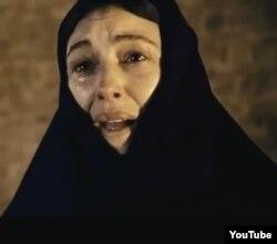 """İtalyan aktrisası Monica Bellucci """"Kərgədan mövsümü"""" filmində"""