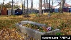 Выпівохі — cамыя частыя наведнікі могілак