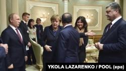 Лідери України, Франції, Німеччини та Росії під час зустрічі у «нормандському форматі». Мінськ, 11 лютого 2015 року