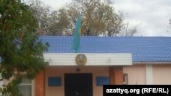 Ақтөбе гарнизоны әскери сотының ғимараты. Ақтөбе, 19 қазан 2011 жыл.