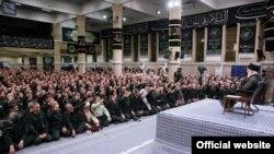 Ayətulla Ali Khamenei İnqilab Keşikçiləri Korpusunun komandirləri ilə görüşdə, 2 oktyabr, 2019-cu il
