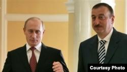 Президенты России и Азербайджана Владимир Путин и Ильхам Алиев