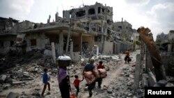 آقای لوتر از جمله مدارکی که به آن اشاره کرده بیانیه یا اعلانی از سوی ارتش اسرائیل است که حملات را «تنبیه دستجمعی مردم غزه» عنوان کرده است.
