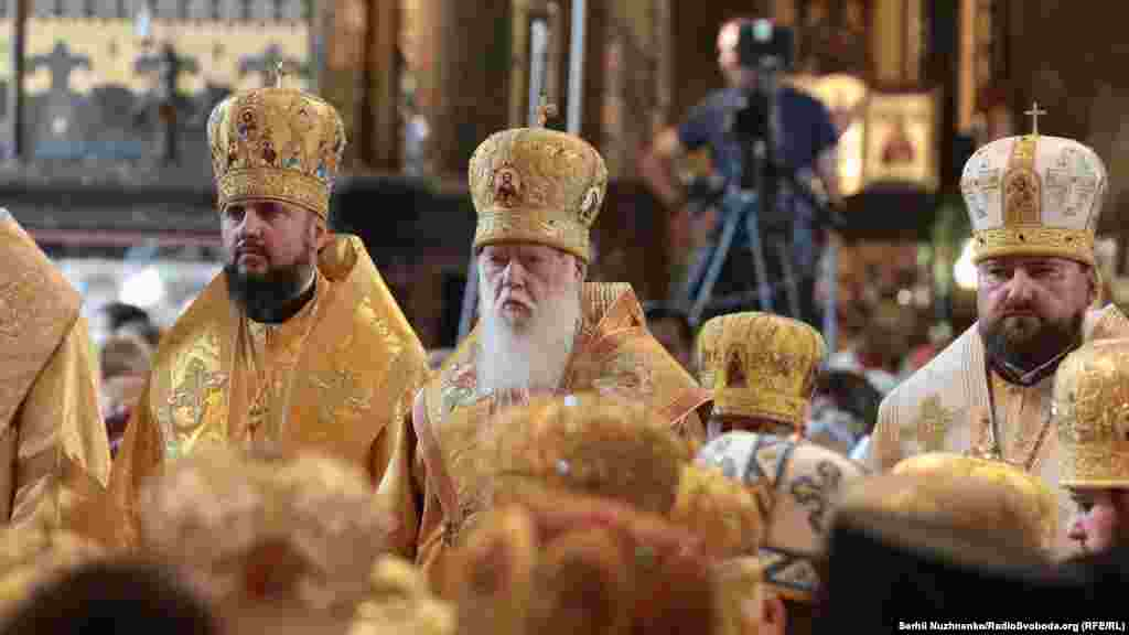 Патріарх Київський і всієї Руси-України Філарет стверджує, що після отримання томосу про автокефалію Українська православна церква, яка перебуває в єдності з Російською православною церквою, втратить право називатися українською