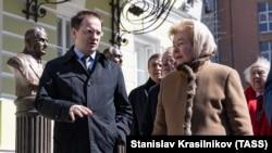 Грани Времени. Зачем Путину и Медведеву Мединский?