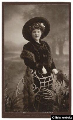 Одна из женщин, которым помогал барон