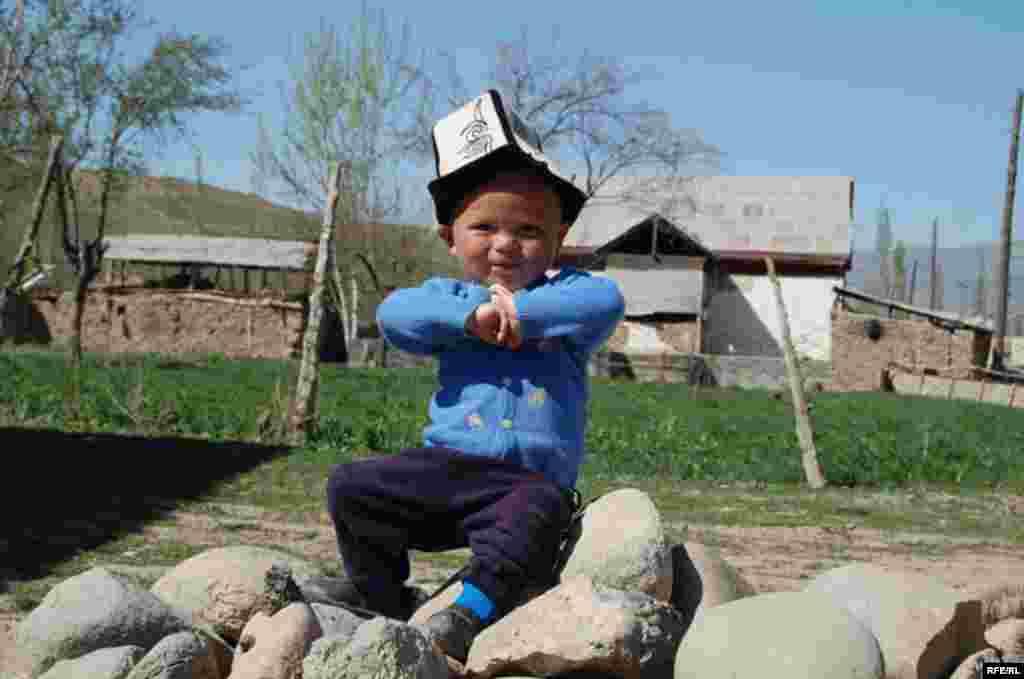 Кыргызстан. Ошская область. Село Папан. #2