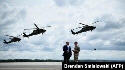 Церемония подписания военного бюджета состоялась в расположении 10-ой горнострелковой дивизии в штате Нью-Йорк