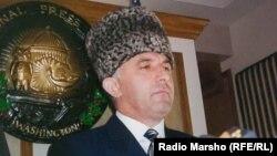 Президент провозгласившей в 1990-е годы свою независимость Чечни Аслан Масхадов в Вашингтоне. 1997 год.