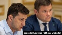 Президент України Володимир Зеленський (ліворуч) і голова Адміністрації президента Андрій Богдан