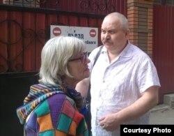 Людмила Кузьміна зі своїм адвокатом
