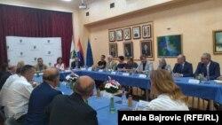 Zaštitnik građana Zoran Pašalić na sastanki sa predsjednicima nacionalnih manjina