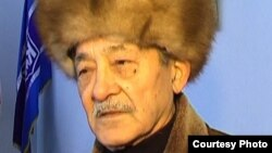 Кыргыз эл жазуучусу Мар Байжиев.