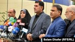 أعضاء في مجلس محافظة ميسان في مؤتمر صحفي بالعمارة