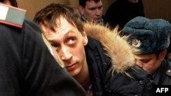 Rusi - Dmitrichenko gjatë seancës gjyqësore