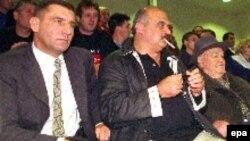 Arhivski snimak, Zagreb 1999: Ante Gotovina i Ivan Čermak. U postupku koji se vodi protiv hrvatskih generala Gotovine, Markača i Čermaka za ratne zločine nedostaju sporni dokumenti.