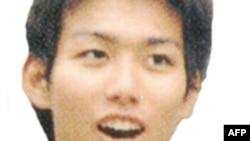 ساتوشی ناکامورو، جوان ۲۳ ساله ژاپنی ، دانشجوی رشته جامعه شناسی در دانشگاه ملی يوکوهاما است که در جریان دیدار از بم توسط افراد مسلح ربوده شد.