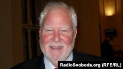Представник голови ОБСЄ у боротьбі проти антисемітизму, рабин Ендрю Бейкер