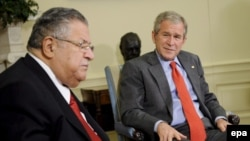 U.S. President George W. Bush (right) with his Iraqi counterpart, Jalal Talabani, at the White House