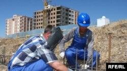 После того как будут сданы начатые до кризиса объекты, спад объемов строительства может увеличиться многократно