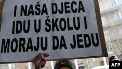Čelnici Federacije prema novom zakonu primaće oko 4.000 KM, a ministri oko 3.600KM. Sa beneficijama. u konačnici primanja mogu iznositi i do 5.000 KM. Fotografije: Midhat Poturović