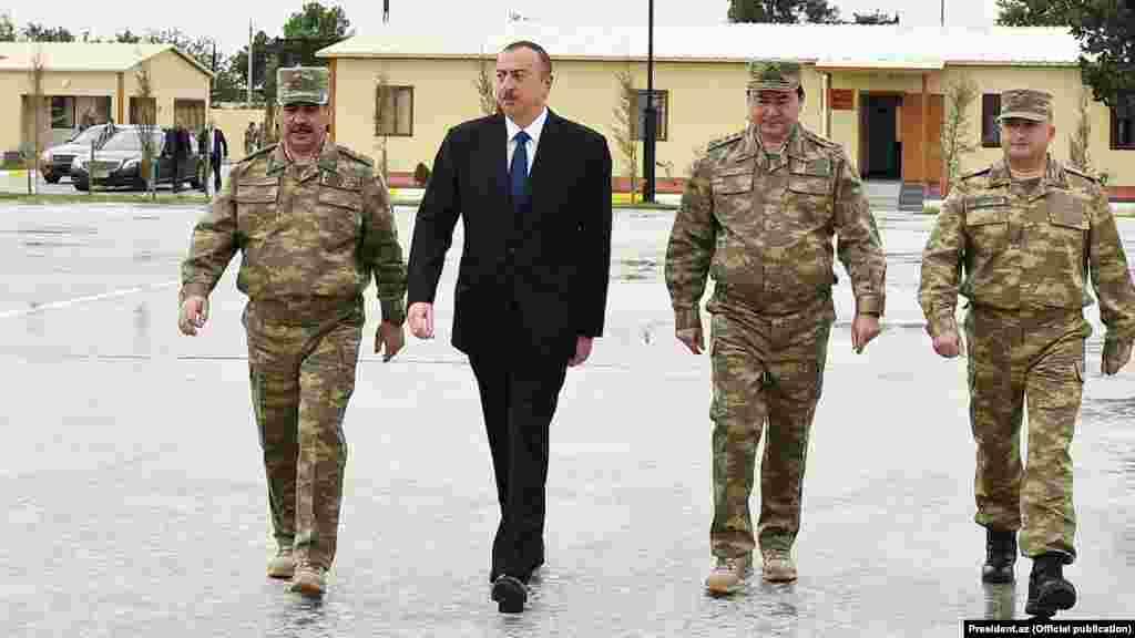 Zakir Həsənov, İlham Əliyev və Nəcməddin Sadıqov