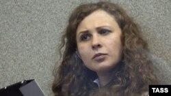 """Мария Алехина на одном из заседаний суда по """"Болотному делу"""" в 2013 году"""