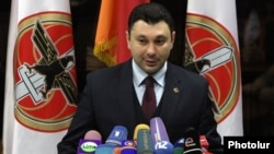 Armenia - Ruling Republican Party spokesman Eduard Sharmazanov meets the press, Yerevan, 10Apr2014.