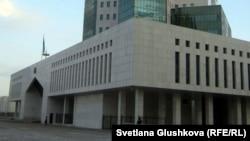 Здание дома правительства в Астане.