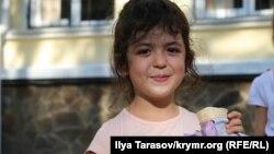Суріє Салієва, якій сьогодні виповнилося 5 років