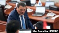 Qırğıstanlı deputat Kamchybek Joldoshbaev