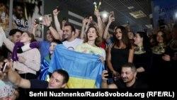 Як Олександра Усика зустрічали в Україні (фотогалерея)