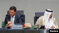 Ruski i saudijski ministri energetike Aleksander Novak i Kalid al-Fatih koji je i predsjedvajući OPEC-om na sastanku u Beču