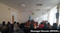 Суд, где слушается дело об отзыве адвокатской лицензии Раисы Якубенко. Актобе, 19 января 2018 года.