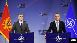 Brisel, crnogorski šef diplomatije Igor Lukšić i i generalni sekretar NATO-a Jens Stoltenberg