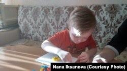 Пятилетний Саша Елеев с диагнозом «синдром Дауна». Уральск, 7 декабря 2018 года.