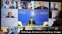 Imagine de la videoconferința premierului Ludovic Orban cu reprezentanți ai presei